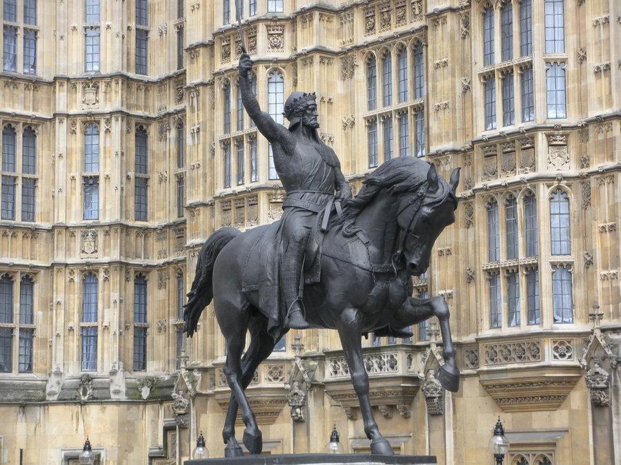 king-richard-statue